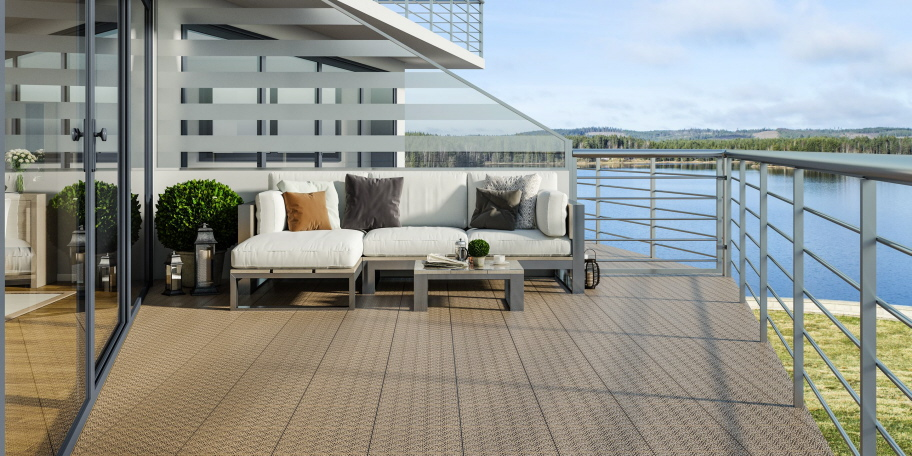 Private Dach-Terrasse mit Fliesen aus PP-Kunststoff