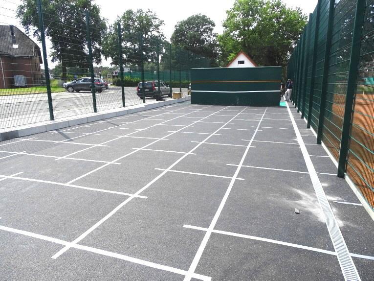 Planum Abdeckung aus Gummimatten für Tennis-Allwetterplatz