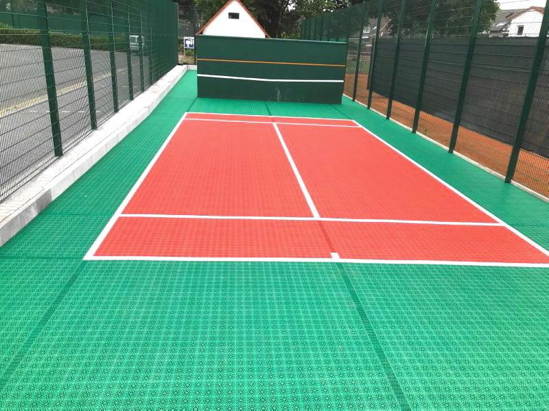 Fertig installiertes U-8 Tennis Kleinspielfeld für den TSV Wallenhorst