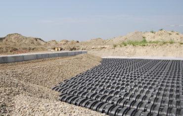Drening REFLUE ist eine kostengünstige und nachhaltige Lösung für das Abwassermanagement von Hausbesitzern.